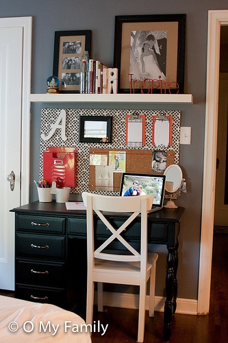 Her Philly Small Apartment Space Decorating Ideas via Pinterest